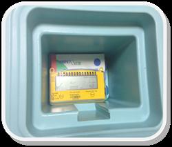 Вариант размещения термоиндикатора Фридж-тэг 2 в термоконтейнере для кратковременной перевозки лекарств